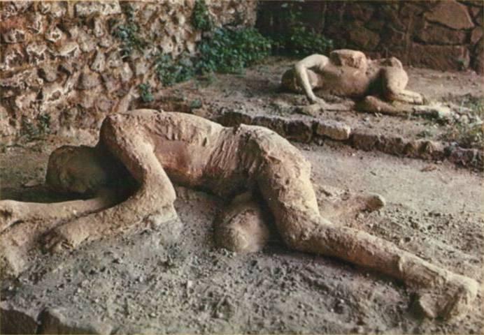 مردم سنگ شده پمپئی